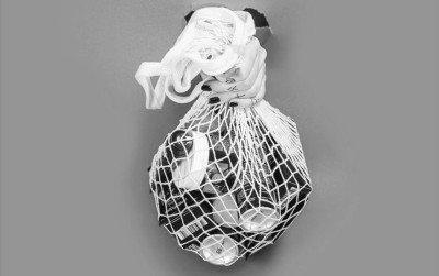 10 Wege, wie du ungeliebte Haarprodukte vor dem Mülleimer rettest.