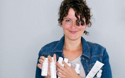 Großes Innersense Review: Sind die Produkte wirklich so gut für deine Locken?