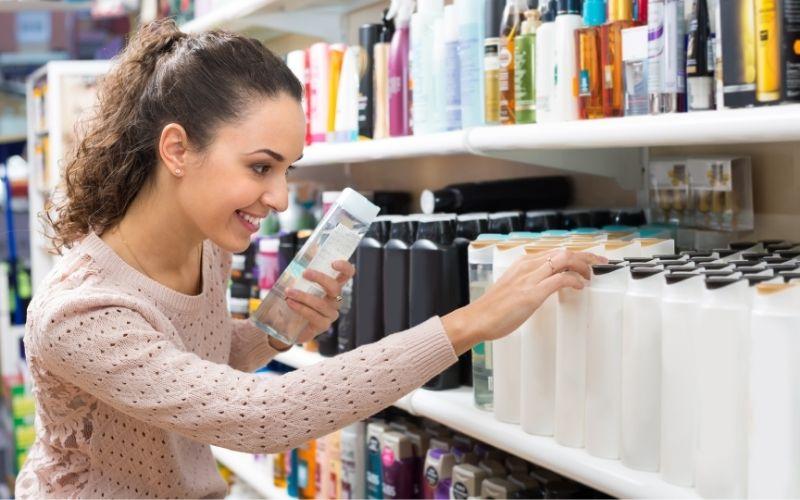 Lockenpflege_Investiere in hochwertige Produkte